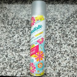 Produktbild zu Batiste Bright & Lively Floral Dry Shampoo