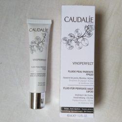 Produktbild zu Caudalie Vinoperfect Fluid für perfekte Haut LSF 20