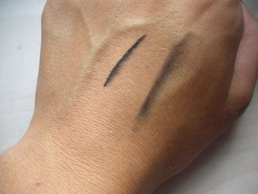 Swatches - Douglas Make-up Charming Eyes Dual-Tip Eye Pencil Colour & Blend Black