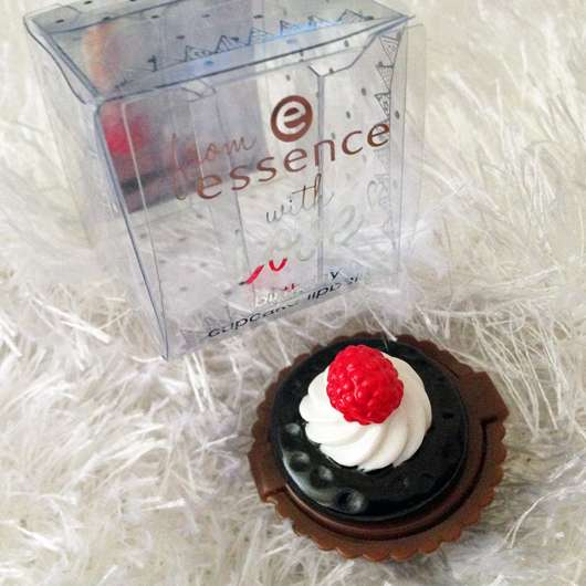 from essence with love birthday cupcake lipbalm, Farbe: 01 happy birthday (LE)
