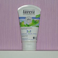 Produktbild zu lavera Naturkosmetik 3in1 Reinigung – Peeling – Maske