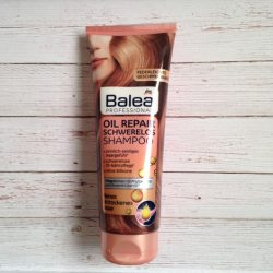Produktbild zu Balea Professional Oil Repair Schwerelos Shampoo