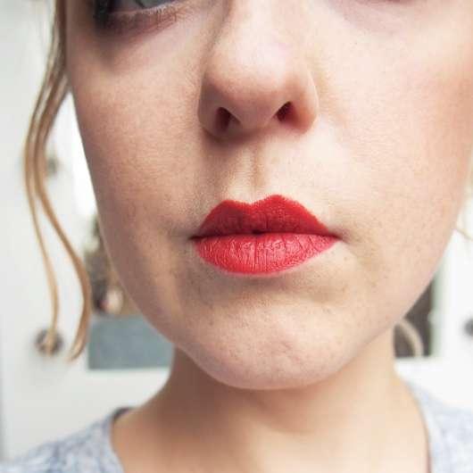 Urban Decay VICE Lipstick, Farbe: Temper (Comfort Matte Finish) - Farbe auf den Lippen