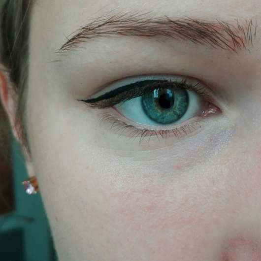 test eyeliner artdeco roll it disc eyeliner farbe 1. Black Bedroom Furniture Sets. Home Design Ideas