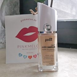 Produktbild zu p2 cosmetics 24/7 city shield matte foundation + concealer  – Farbe: 010 porcelaine