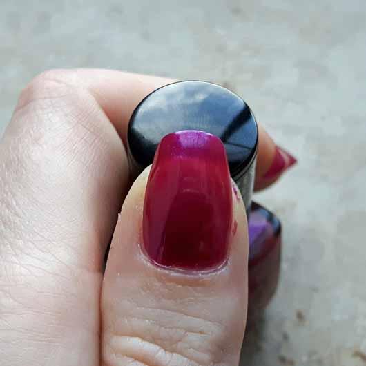 Misslyn nail polish, Farbe: 229 party on - Auftrag