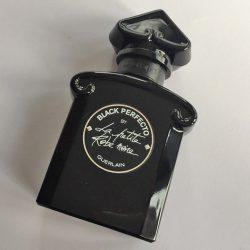 Produktbild zu Guerlain La Petite Robe Noire Black Perfecto Eau de Parfum