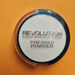 Produktbild zu Makeup Revolution Pressed Powder – Farbe: Porcelain Soft Pink