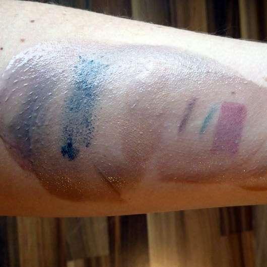 Oceanwell Pflegende Reinigungsmilch -Make-Up Swatches