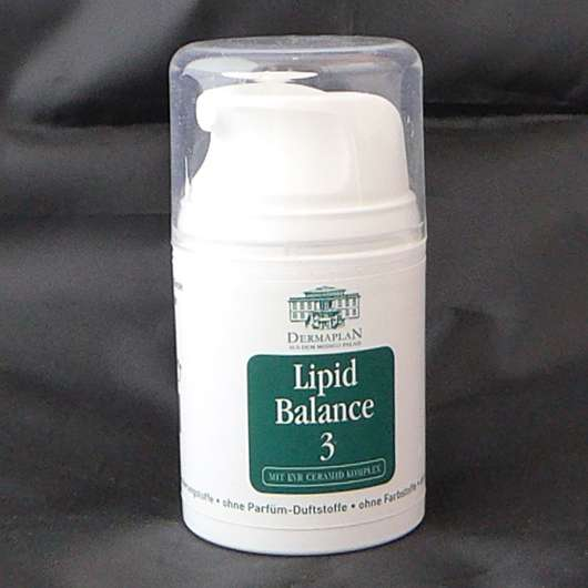 <strong>DERMAPLAN</strong> Lipid Balance 3