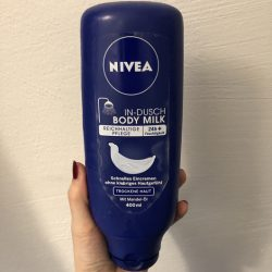 Produktbild zu NIVEA In-Dusch Body Milk (trockene Haut)