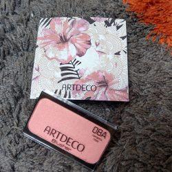 Produktbild zu ARTDECO Blusher inkl. Beauty Box – Farbe: 08A romantic rose (LE)