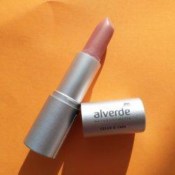 Produktbild zu alverde Naturkosmetik Color & Care Lipstick – Farbe: 03 Rosy Nude
