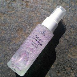 Produktbild zu essence believe in magic sparkling body dust – 01 hug the unicorn