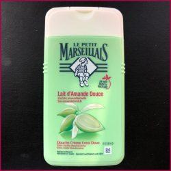 Produktbild zu Le Petit Marseillais Extra milde Duschcreme Süßmandelmilch