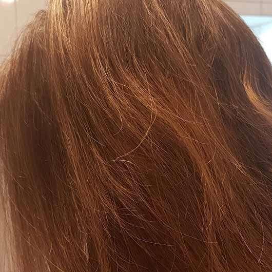 alverde Glanz Spülung Bio-Rohrzucker - Haare nach der Anwendung