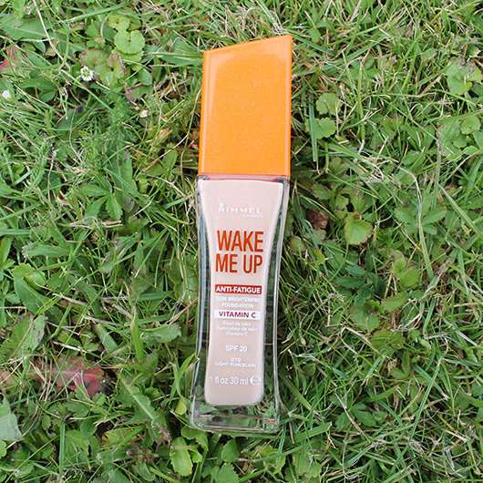 Rimmel Wake me up Foundation, Farbe: 010 Light Porcelain