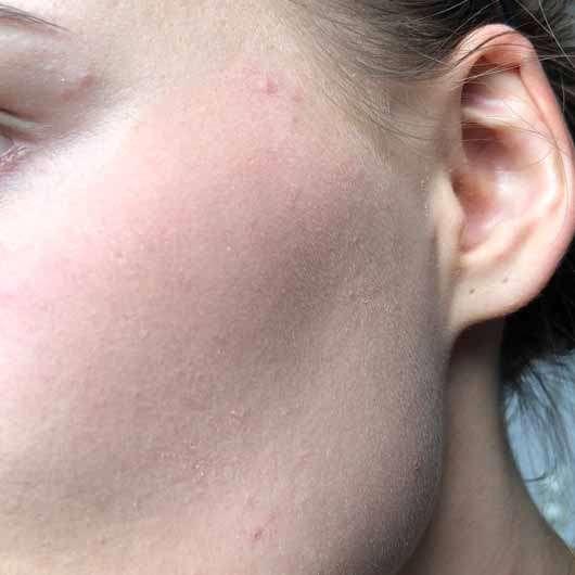 Make up Factory Blush Brush - Rouge mit den Fingern aufgetragen, nicht verblendet