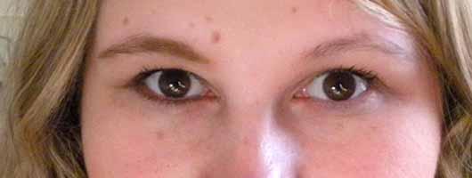 MAKE UP FACTORY Eye Contour Brush - Vergleichsbild 1 Lid und Braue geschminkt und ungeschminkt
