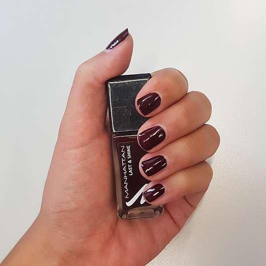 Manhattan Last & Shine Nail Polish, Farbe: 560 Red Night - Farbe auf den Nägeln
