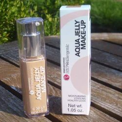 Produktbild zu Bell HYPOAllergenic Aqua Jelly Make-Up – Farbe: 04 Golden Beige