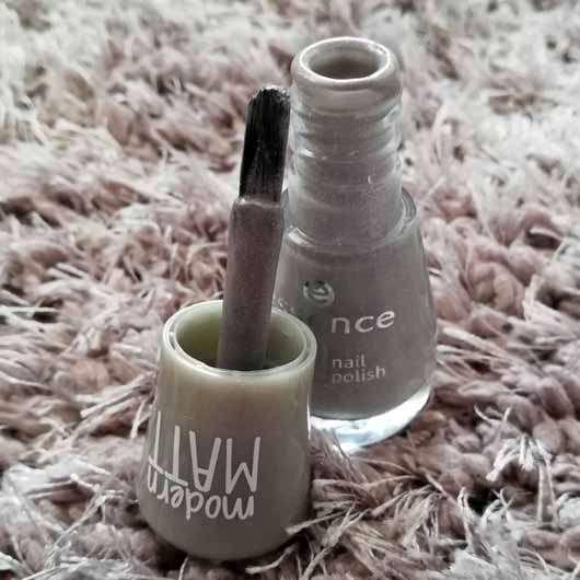essence the gel nail polish, Farbe: 100 miracle stone - Pinsel