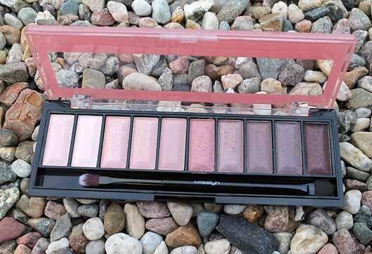 Misslyn Must-Have Eyeshadow Shades, Farbe: 2 Shades Of Rose - Palette geöffnet