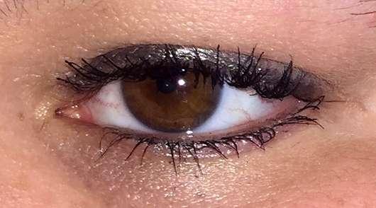 Pixi Endless Silky Eye Pen, Farbe: Jeweled Pewter - am oberen Wimpernkranz und auf der unteren Wasserlinie