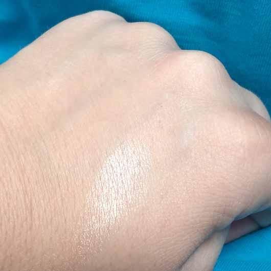 e.l.f. Baked Highlighter, Farbe: Moonlight Pearls - Swatch
