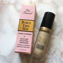 Produktbild zu Too Faced Born This Way Super Coverage Concealer – Farbe: Swan