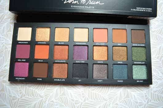 Urban Decay Born To Run Eyeshadow Palette - Palette geöffnet