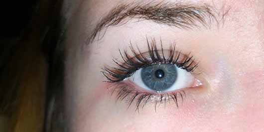 e859b876cce Catrice Rock Couture Extreme Volume Mascara 24h, Farbe: 010 black - Wimpern  mit Mascara