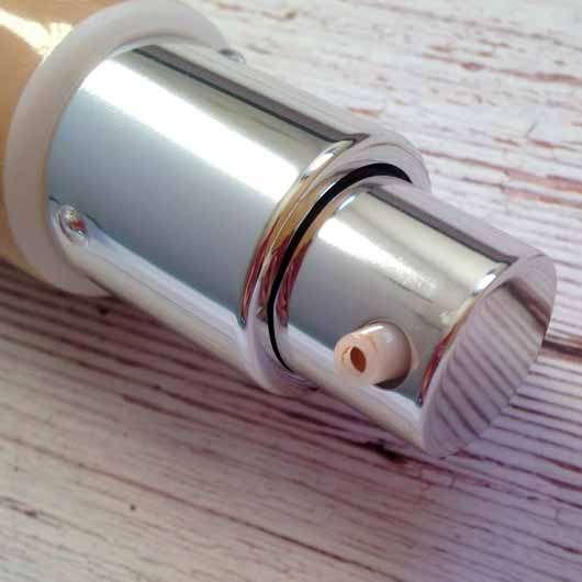 IT Cosmetics Your Skin But Better CC+ Cream mit LSF 50+, Farbe: Medium - Dosieröffnung