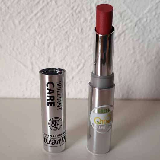 lavera Beautiful Lips Brilliant Care Q10, Farbe: 02 Strawberry Pink - Lippenstift geöffnet