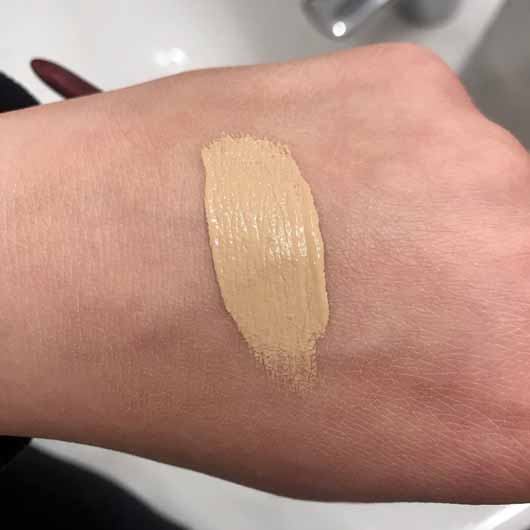 IsaDora Active All Day Wear Make-Up, Farbe: 14 Sand - Swatch