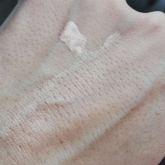 Swatch - L.O.V LOVglow Highlighting Drops