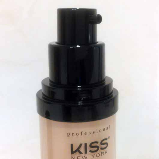 KISS Professional New York Pro Touch Liquid Foundation, Farbe: 110 Porcelain - Öffnung
