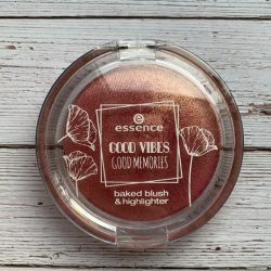 Produktbild zu essence good vibes good memories baked blush & highlighter – Farbe: 01 spring kissed (LE)