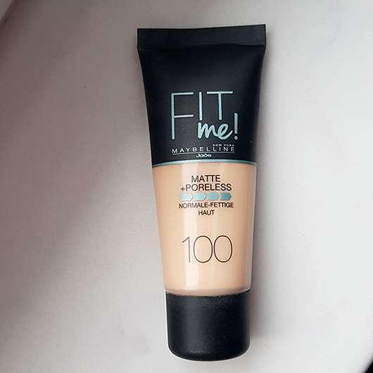 Maybelline Fit Me! Matte + Poreless Mattierendes Make-up, Farbe: 100 Warm Ivory