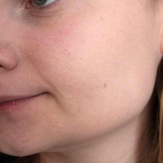 Maybelline Fit Me! Matte + Poreless Mattierendes Make-up, Farbe: 100 Warm Ivory - Haut mit Foundation
