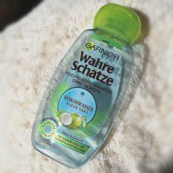 Produktbild zu Garnier Wahre Schätze Feuchtigkeits Shampoo Kokoswasser & Aloe Vera