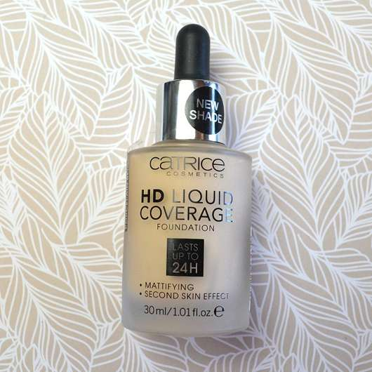 Catrice HD Liquid Coverage Foundation, Farbe: 002 Porcelain Beige