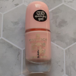 Produktbild zu essence shine last & go! gel nail polish – Farbe: 04 millennial pink