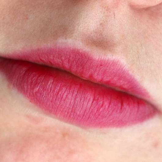Misslyn Color Crush Lipstick, Farbe: 50 Hang on My Lips - Farbe auf den Lippen nach ca. 4 Stunden