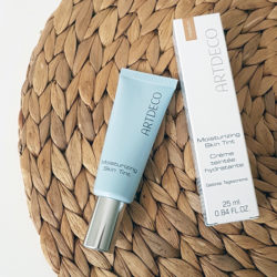 Produktbild zu ARTDECO Moisturizing Skin Tint – Farbe: 06 medium