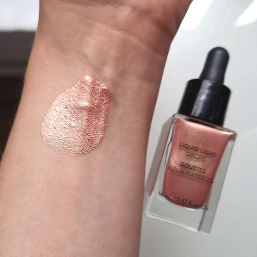 Zoeva Liquid Light Drops, Farbe: Brilliance - Swatch