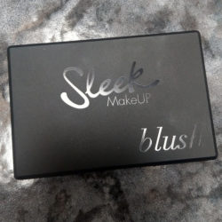 Produktbild zu Sleek MakeUP Blush – Farbe: 933 Coral