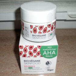 Produktbild zu BIO:VÉGANE Bio Papaya 24H AHA Pflege