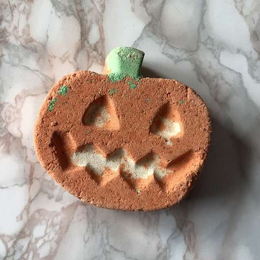 <strong>LUSH</strong> Punkin Pumpkin (LE)