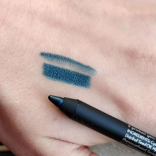 Sleek MakeUp Lifeproof 12 Hour Wear Metallic Eyeliner, Farbe: Misinformation - Swatch